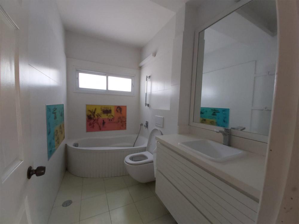 דירה למכירה ברחובות 7 חדרים ברחוב שלום צעידי